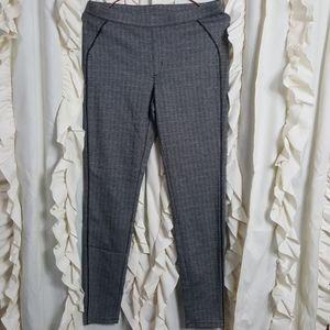 Hue Herringbone Pull on legging pants ankle medium